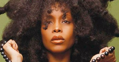 Erykah Badu: Behind the Cover